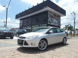 Ford Focus sed. Se plus 2.0 aut - top de linha - troco e financio - 2014