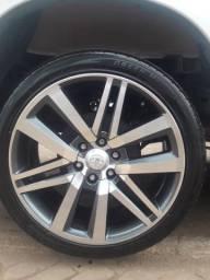 """Vendo 5,000.00 roda 22"""" pneus 265/40 parcelo no cartão"""