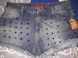 Short jeans e de tecido tam 42 , 44 e 46