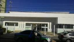 São Caetano: Apto de 2 qtos, sala, cozinha e wc social em frente a Facul Universo. Campos-