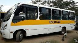 Micro ônibus lo 915