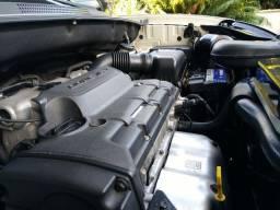 Hyundai Tucson 11/12 manual super conservado.