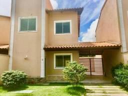 Duplex em condomínio com 3 quartos em ótima localização! Confira.