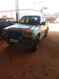 Hilux 4×4 ano2004
