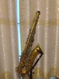 Sax tenor Eagle