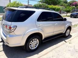 Vendo Toyota SW4  2012