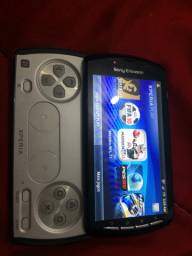 Xperia play R800a valor 500