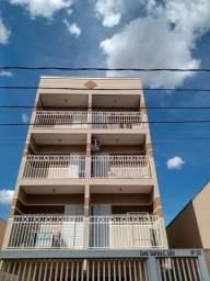 Apartamento com 1 dormitório para alugar, 50 m² por R$ 800/mês - Parque Estoril - São José