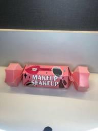 Maquiagem- Kit Benefit MakeUp ShakeUp