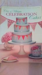 Livro Para confeitaria de doces: Sweet and Simple Party Cakes