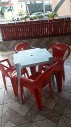 Jogo de mesa c/cadeiras