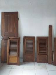Vendo porta e janela madeira