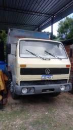 Caminhão Volks 12140