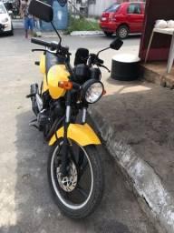 Moto Dafra Speed vendo ou troco por carro com volta minha