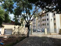 Apartamento 2 quartos na Barra do Ceará em perfeito estado de conservação.