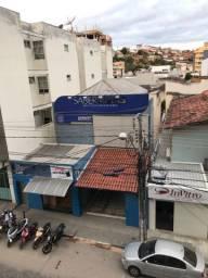 Casa a venda no Centro de Teófilo Otoni