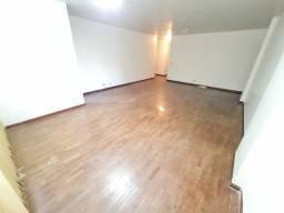 Apartamento - 163m², 4 quartos, 1suite, ótimo estado de conservação-Setor Oeste -