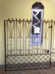 Portão de aço