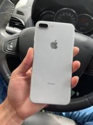 iPhone 8 Plus 64gb (vitrine)