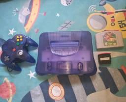 Nintendo 64 com Expasion pack  ( leia )
