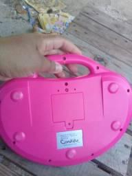 Laptop infantil conservado em ótimo estado