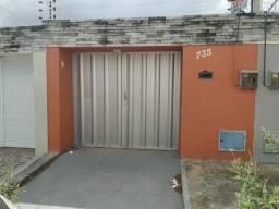 Título do anúncio: Aluguel - Excelente casa na Rua Nossa Senhora Aparecida, n° 733, Urucunema, usébio/Ce