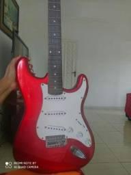 Vende-se Guitarra Memphis by tagima