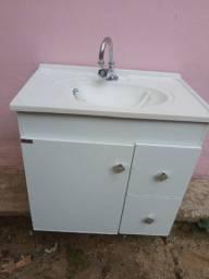 Pia Armário de banheiro