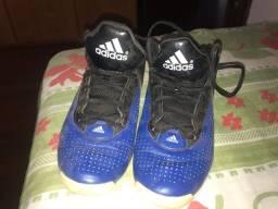 Tênis Adidas geofit novo