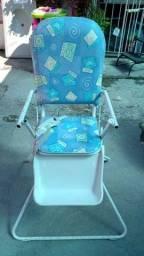 Cadeira de alimentaçao