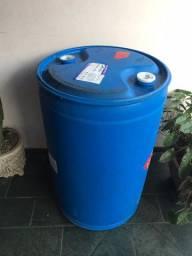 Vendo tambor 200 litros