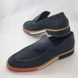 Sapato Reserva azul em nobuck, 42, novo.