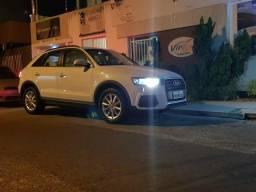 Audi Q3 2017 branca - 2017