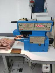 Máquina de virar palmilhas