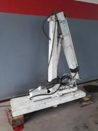 Munck hidráulico 2000 kg