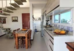 Cobertura 2 dormitórios no Bairro Campeche