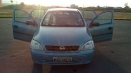 Entrada R$ 5.999,99 + 12 x 499,99 na promissória Corsa sedan JOY - 2002
