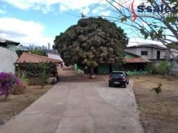 Casa em Lote de 815m²! Vicente Pires Rua 04!