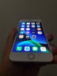 IPhone 8 plus 256 gb leia todo anúncio