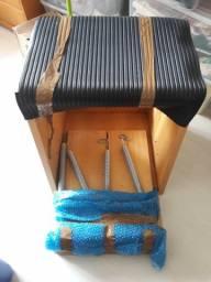 Cadeira pilates em madeira maciça e inox seminova