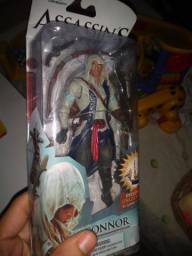 Action figure connor assassins creed impecável