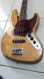 Baixo Fender FSR Special Edition