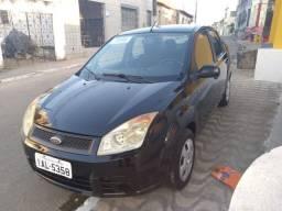 Vende-se Fiesta Sedan,1.0 /2010