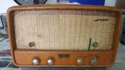 Rádio antigo raro marca  Johnson Zilomag
