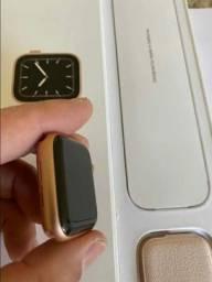 Apple watch Serie 5  GPS + Celular Nike