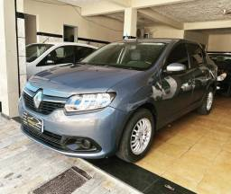 Renault Logan 1.0 Expression 2015