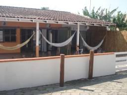 Casa Proximo a praia com 5 dormitórios