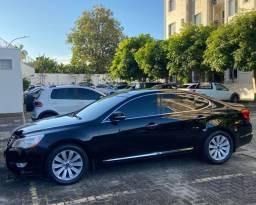 Kia Cadenza Carro de Alto Luxo