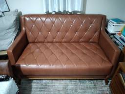Sofa de dois lugares, medidas: 1,40cm x 80cm