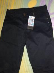 Vendo linda calça jeans preta nova